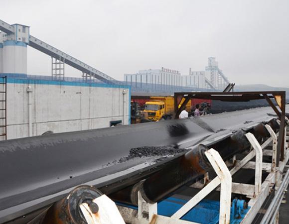 宜昌TD75型带式输送机