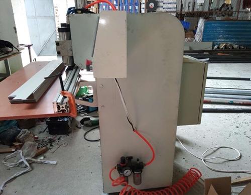 三轴纸板镂铣机